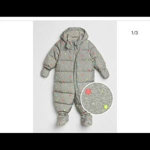 GAP Baby Snowsuit - 6-12 months - gray with stars